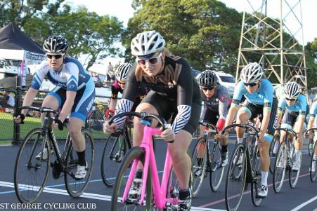 nsw-summer-track-carnivals17